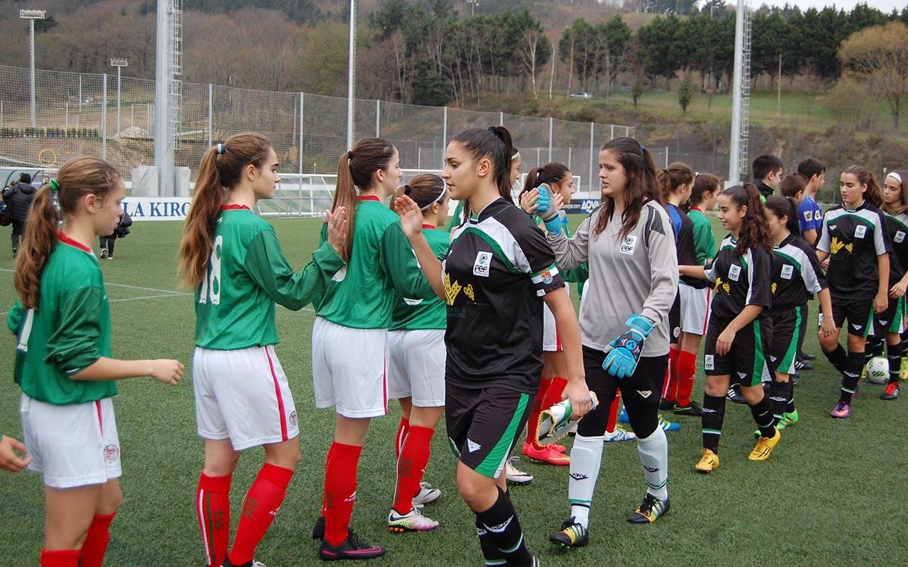 Entrevista a Paula León, capitana de la Selección Extremeña de Fútbol Sub 16
