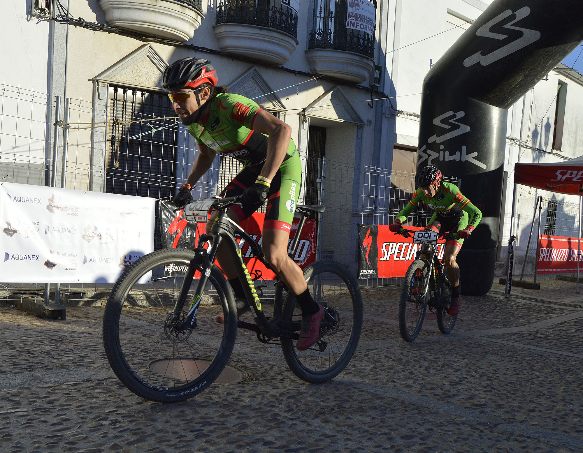 El equipo Extremadura-Ecopilas gana la II Aquanex-Val Serena Bike Race