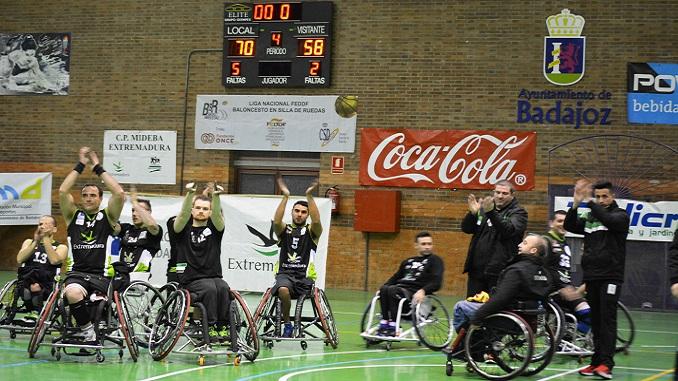 Un Mideba renovado consigue una gran victoria ante Ferrol