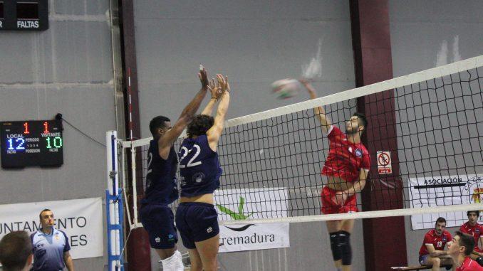 Electrocash Extremadura CCPH comienza la competición de liga en Superliga 2 frente a Rotogal Boiro