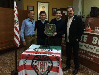 """La Peña deportiva """"La Sardina"""" de Villafranca de los Barros premia al CAPEX"""