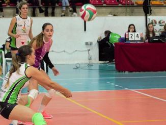 Dos jugadoras del Extremadura Arroyo destacadas de la semana por la RFEVB