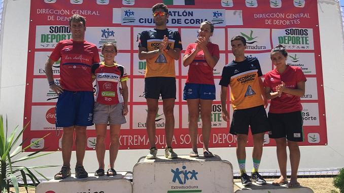 José Alix y Marta Reguero triunfan en el XVI Triatlón Ciudad de Coria