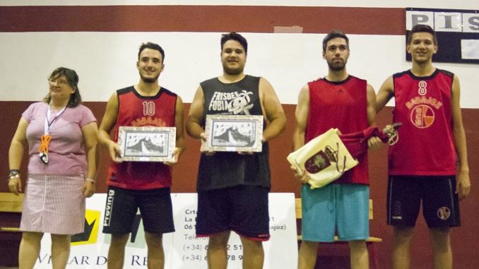 Globertorpes de Badajoz vencedeores del Torneo 3x3 de Baloncesto de Alburquerque
