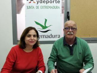 AD CÁCERES VOLEIBOL y la UEX formalizan el contrato de colaboración